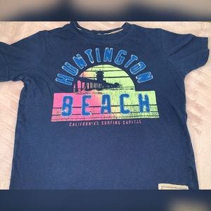 💃🏻 Huntington Beach T shirt